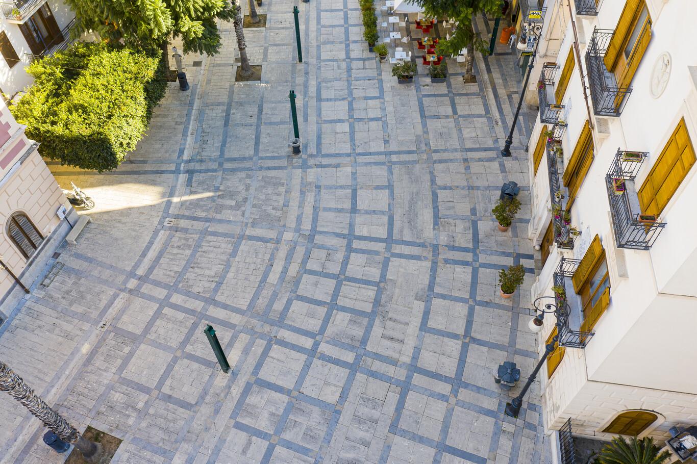 Piazza Ciullo 2