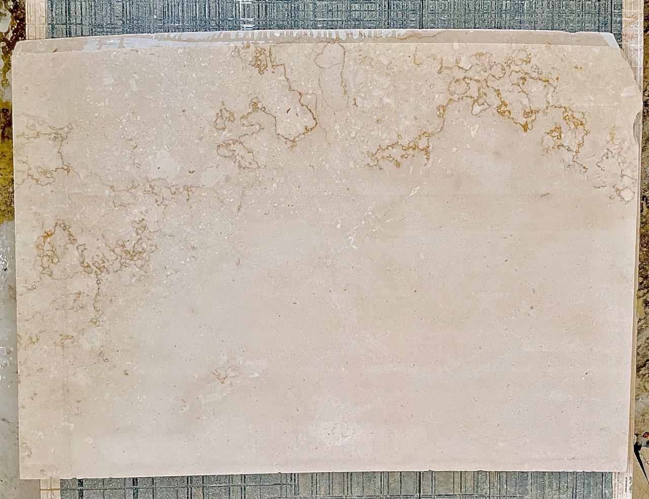 Perla Oro 03 Evola Marmi